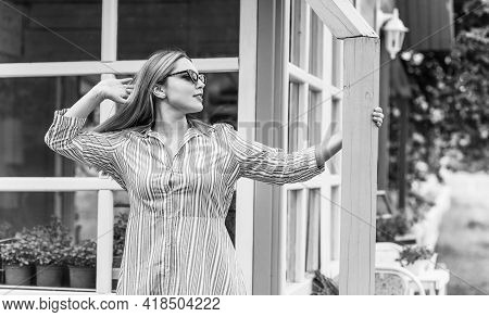 Happy Smiling Fashionable Plus Size Young Woman In Modern City Life. Life Of Xl Lady. Concept Of Pos