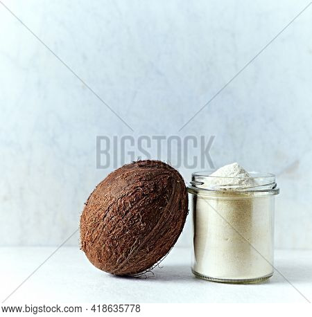 Whole coconut and coconut flour