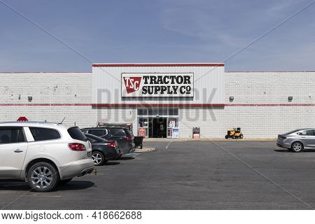 Wabash - Circa April 2021: Tractor Supply Company Retail Location. Tractor Supply Is Listed On The N