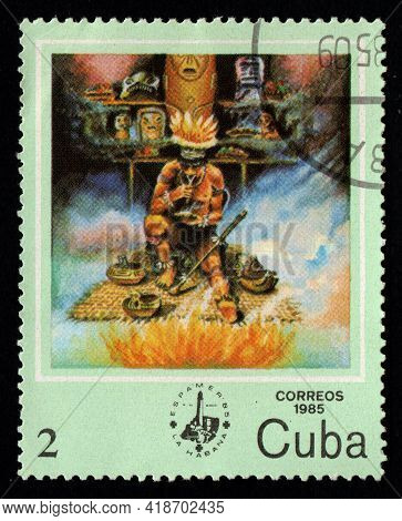 Cuba - Circa 1985: Cuban Stamp Dedicated To American Indians. Postage Stamp About The Indigenous Peo
