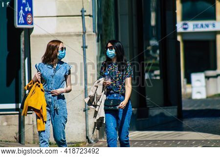 Reims France April 28, 2021 Pedestrians Walking In The Streets Of Reims During The Coronavirus Outbr