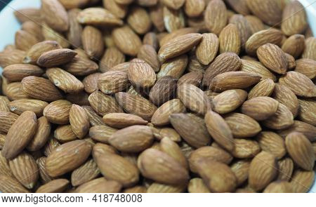 Dried Brown Toasted Almonds Nut Snack, Vegetarian Meal, Healthy Eating Ready For Eat