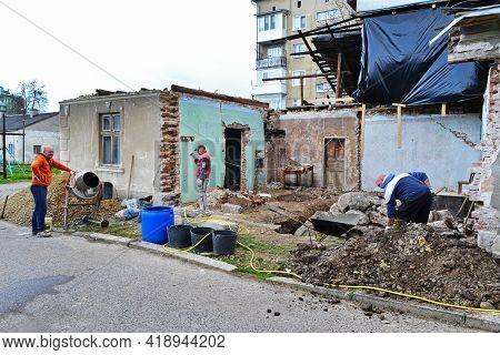 Reconstruction And Overhaul Of An Old Residential Building. Tysmenytsia, Ivano-frankivsk Region, Ukr