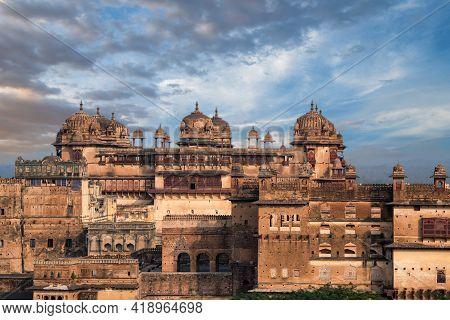 Panoramic Photo Of Jahangir Mahal, Orchha, Madhya Pradesh, India