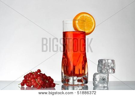 Fresh Currants Flavoured Drink