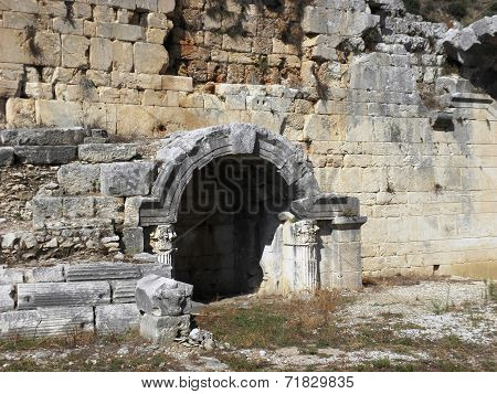 Entrances to the amphitheater of Perg?.