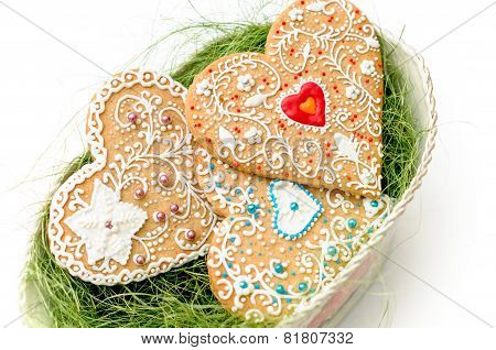 isolated gingerbread valentine cookie heart