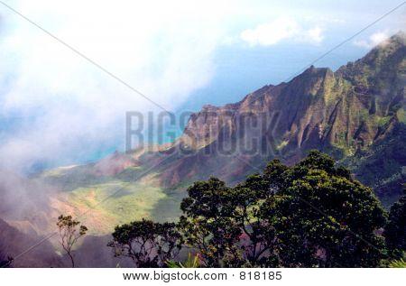 Kaalalau Valley 1