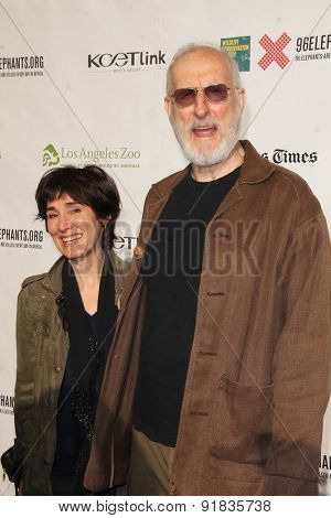 LOS ANGELES - MAY 26:  Anna Stuart, James Cromwell at the