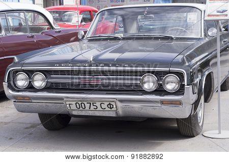 Retro car Oldsmobile 88 1963 release