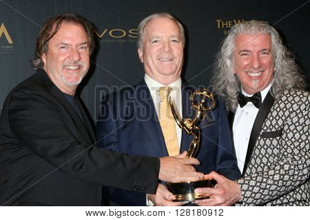 LOS ANGELES - APR 29:  Music Direction and Composition DOOL, Ken Corday (middle) at the 43rd Daytime Emmy Creative Awards at the Westin Bonaventure Hotel  on April 29, 2016 in Los Angeles, CA