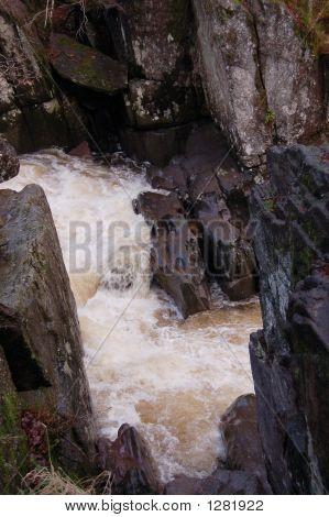 Bracklin Falls Detail
