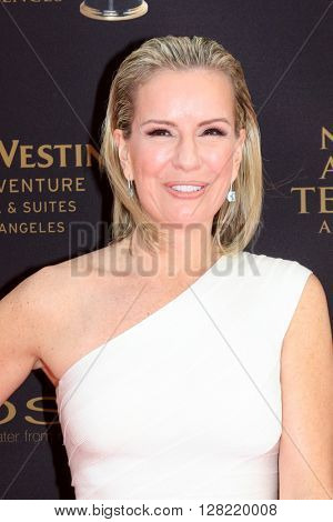 LOS ANGELES - MAY 1:  Jennifer Ashton at the 43rd Daytime Emmy Awards at the Westin Bonaventure Hotel  on May 1, 2016 in Los Angeles, CA