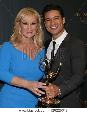 LOS ANGELES - MAY 1:  Lisa Gregorisch-Dempsey, Mario Lopez at the 43rd Daytime Emmy Awards at the Westin Bonaventure Hotel  on May 1, 2016 in Los Angeles, CA
