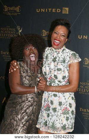 LOS ANGELES - MAY 1:  Sheryl Underwood, Aisha Tyler at the 43rd Daytime Emmy Awards at the Westin Bonaventure Hotel  on May 1, 2016 in Los Angeles, CA