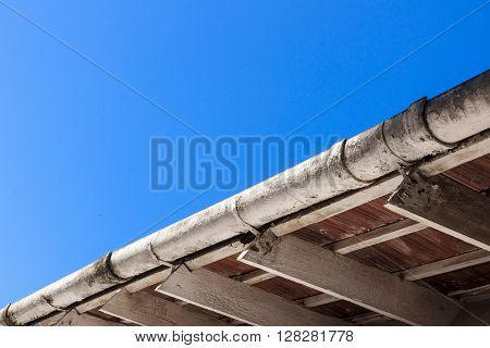 Dirty Gutters And Roof Trusses In Need Of Maintenance