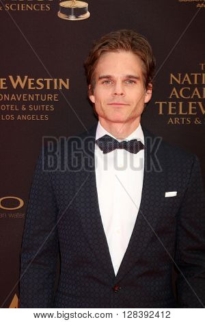 LOS ANGELES - MAY 1:  Greg Rikaart at the 43rd Daytime Emmy Awards at the Westin Bonaventure Hotel  on May 1, 2016 in Los Angeles, CA