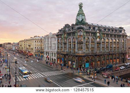 ST. PETERSBURG, RUSSIA - JUL 27, 2015: Singer building and evening Nevsky avenue. Singer building was built in 1902-1904.