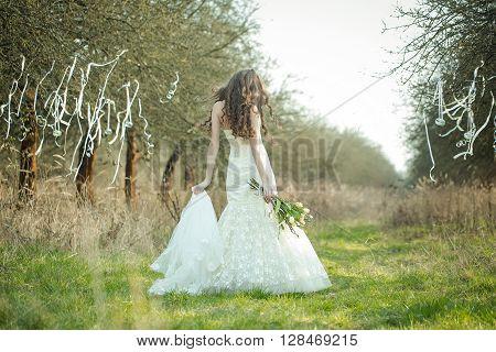 Pretty Bride Outdoor