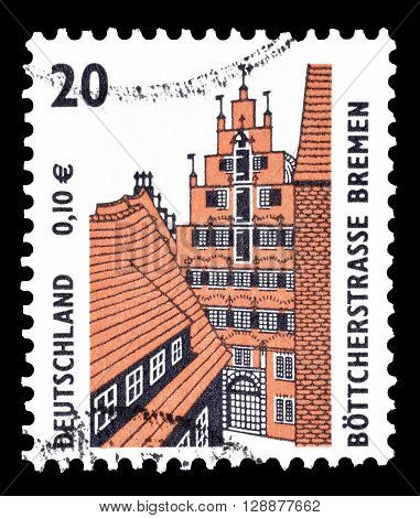 GERMANY - CIRCA 2001 : Cancelled postage stamp printed by Germany, that shows Böttcherstreet in Bremen.