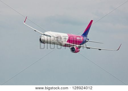 BUDAPEST, HUNGARY - MAY 1, 2016: Wizzair Airbus A321 passing over Budapest