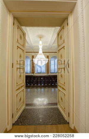 Kazan, Russia - 16 January 2017, City Hall - Open Doors And Crystal Chandelier In Golden Ballroom, W