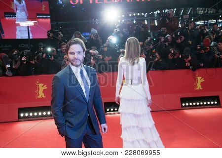 Daniel Bruehl, Rosamund Pike attend the '7 Days in Entebbe' premiere during the 68th Film Festival Berlin at Berlinale Palast on February 19, 2018 in Berlin, Germany.