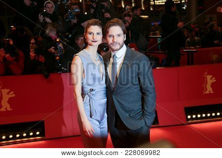 Daniel Bruehl attend the '7 Day s in Entebbe' premiere during the 68th Film Festival Berlin at Berlinale Palast on February 19, 2018 in Berlin, Germany.