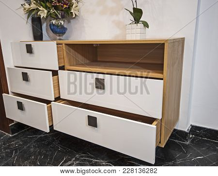 Dressing Table Chest Of Drawers In Apartment