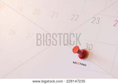 Red Push Pin On Calendar Page For Remind And Marked Important Events Day,red Pin In A Calender On Im