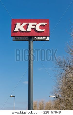 Lelystad, The Netherlands - February 22, 2018: Advertising Column Of Kfc Near A Dutch Motorway In Le