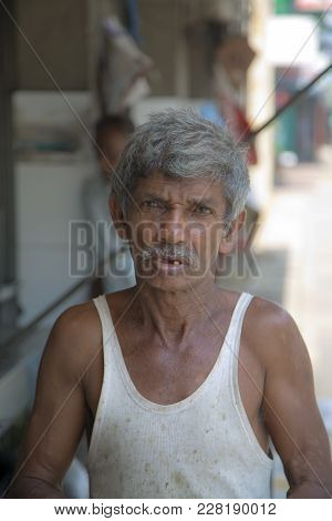 Galle, Sri Lanka - January 24, 2014: Old Fisherman From Galle, Sri Lanka. Galle Is One Of The Bigges