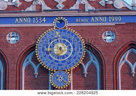 Old Clock On House Of The Blackheads In Riga. Riga, Latvia.