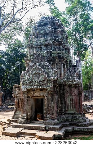 Beautiful Stone Shrine In Ta Som Temple Of Angkor Thom