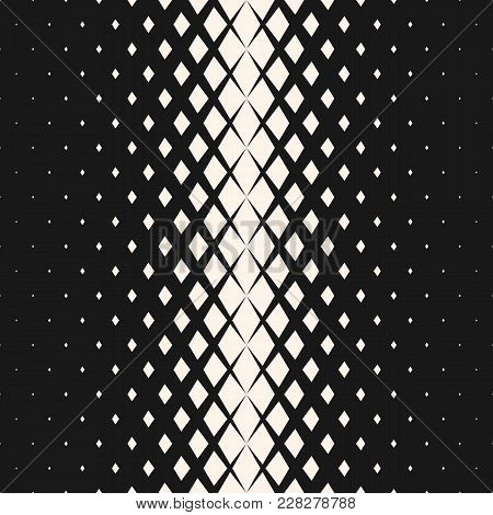 Vector Geometric Seamless Pattern With Fading Rhombuses, Diamond Shapes. Halftone Transition Effect.