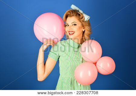 Pin Up Woman With Balloons, Birthday. Pin Up Woman With Pink Balloons On Blue Background
