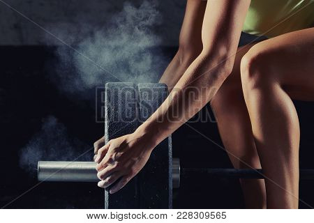 Fitness Woman Athlete Preparing Barbell For Weightlifting At The Gym Magnesia Protection Powerliftin