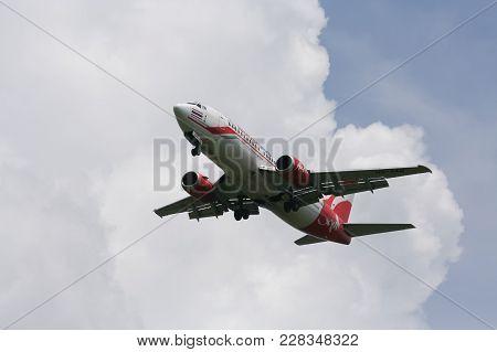 Hs-aaq Boeing 737-300 Of Thai Airasia.