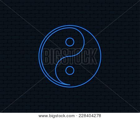 Neon Light. Ying Yang Sign Icon. Harmony And Balance Symbol. Glowing Graphic Design. Brick Wall. Vec