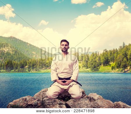 Traditional martial arts, master meditate