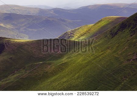 Incredible View Of The Remote Hills In The Sunny Beams. Scenic Image Of Wild Area.  Location Carpath
