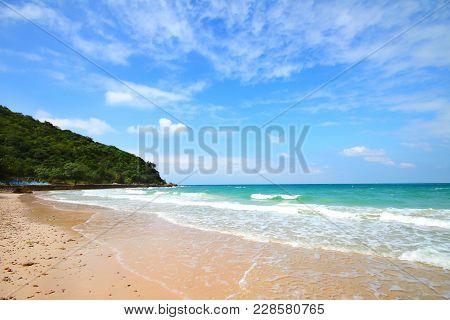 Sangwan Beach, Koh Larn Island, Pattaya City Chonburi Thailand.