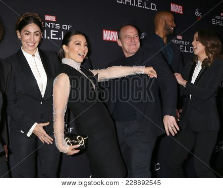 LOS ANGELES - FEB 24:  Natalia Cordova-Buckley, Ming-Na Wen, Clark Gregg at