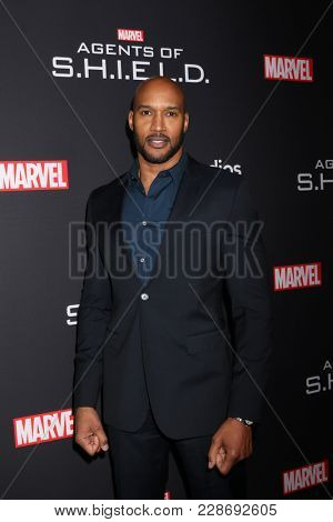 LOS ANGELES - FEB 24:  Henry Simmons at