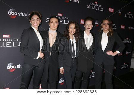 LOS ANGELES - FEB 24:  Cordova-Buckley, Wen, Tancharoen, Henstridge, Chloe Bennet at