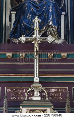 ZAGREB, CROATIA - OCTOBER 05: Cross on the altar of Virgin Mary in Zagreb cathedral dedicated to the Assumption of Mary in Zagreb on October 05, 2015.