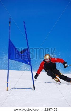 Slalom Ski Racer