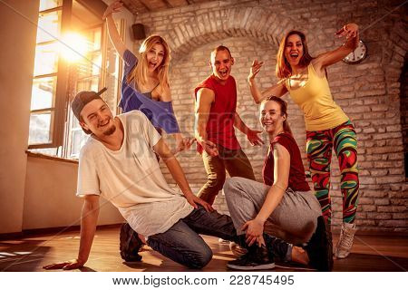 Hip hop lifestyle concept - Group of dancers urban hip hop team