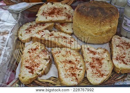 Bread With Lard And Pepper