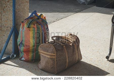 Khon Kaen, Thailand-january 5,2018-a Plastic Woven Bag Look Like Balenciaga Bazaa Shoper Bag And Bro
